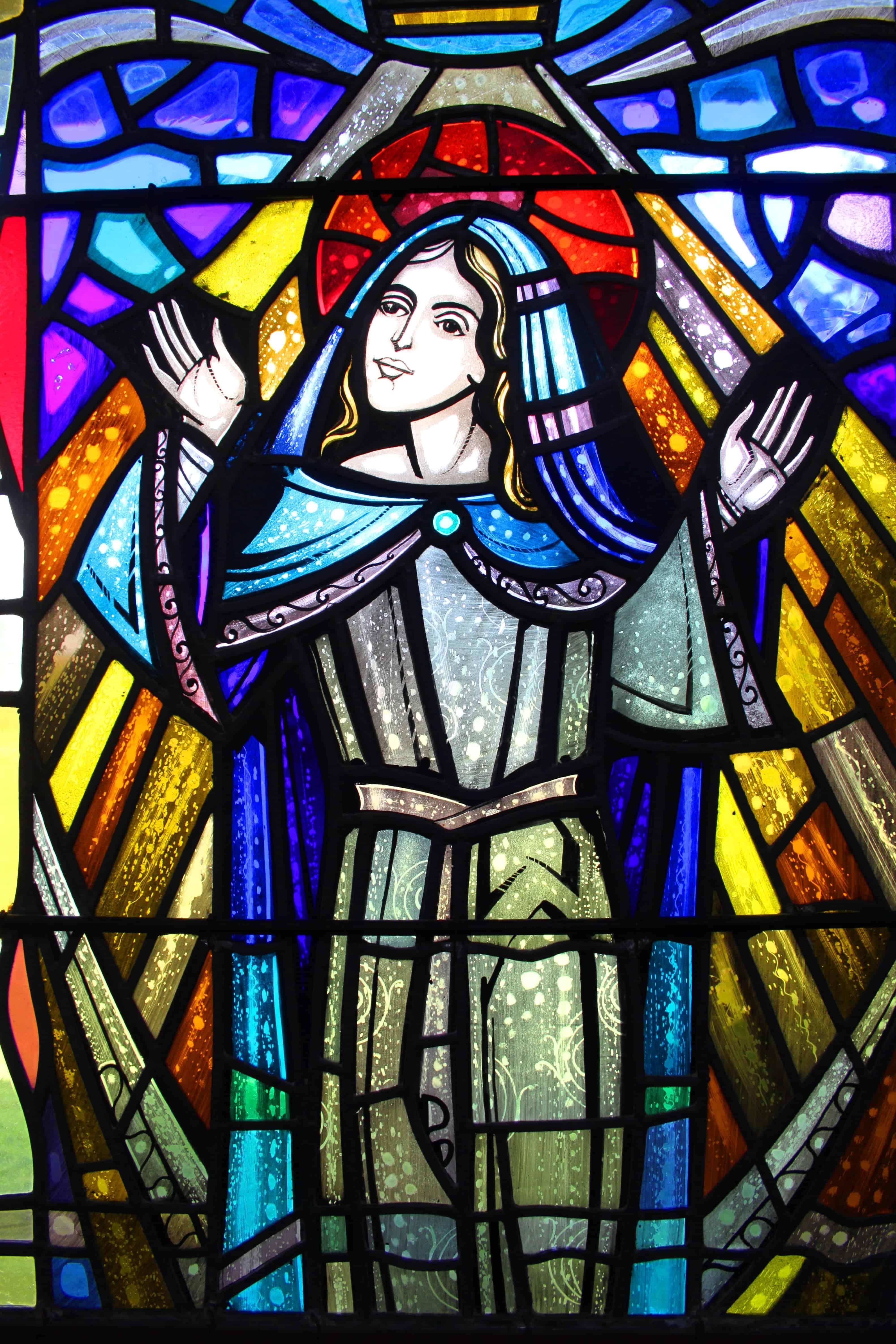 St Maurs Parish, Rush stained glass image Web Design